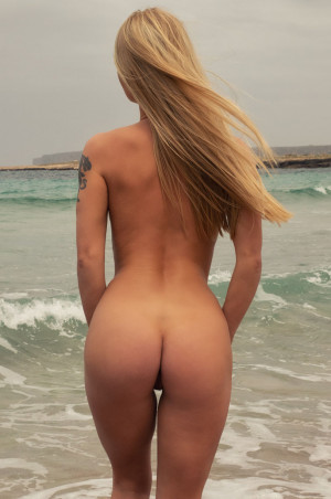 Darina hot ass, naked, blonde