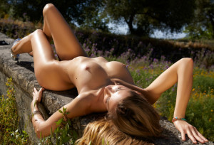 Claudia erotic, naked, outdoor